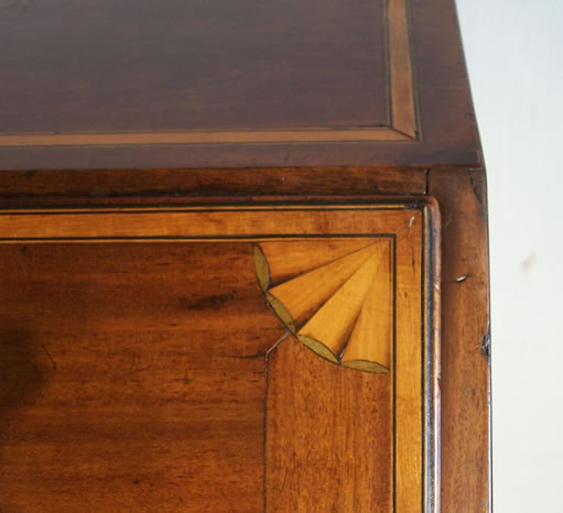 Antiek Encyclopedie   antiek intarsia   antieke meubelen